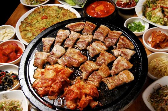 韓流の聖地、新大久保で本当においしい韓国料理店